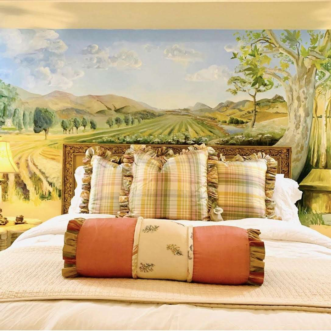 Master Bedroom of the Bees Knees Country House
